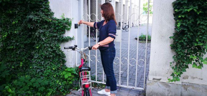 Kerékpártárolót is lehet már nyitni a menzakártyával