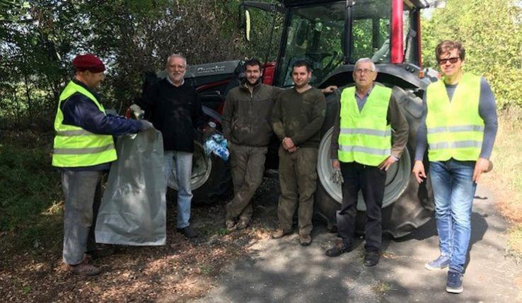 Ismét szemétgyűjtési akciót hirdetett Kecskemét környékére a Magyar Közút